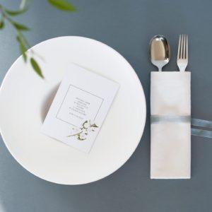 Delikatne zaproszenia ślubne z jaśminem akwarele Gdynia Paperwords