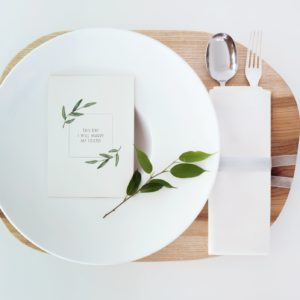 Delikatne zaproszenia ślubne z ruskusem eukaliptusem akwarele Gdynia Paperwords
