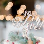 dekoracje zimowego ślubu