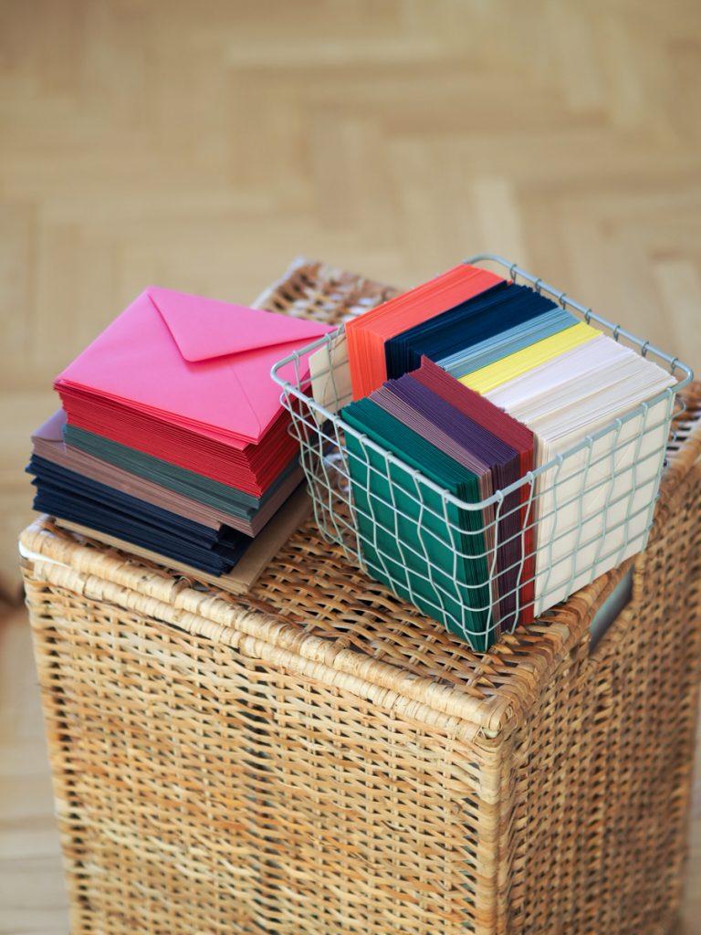 kolorowe koperty do zaproszeń ślubnych Paperwords